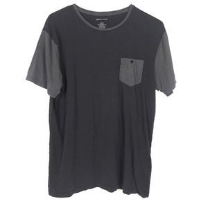 Quiksilver Gray T-shirt Large